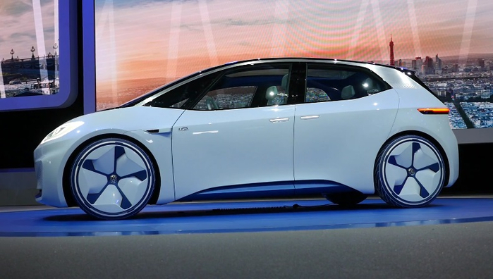 Volkswagen-Concept-Car-id-autonomous-electric-hatchback-9 (700x396, 261Kb)