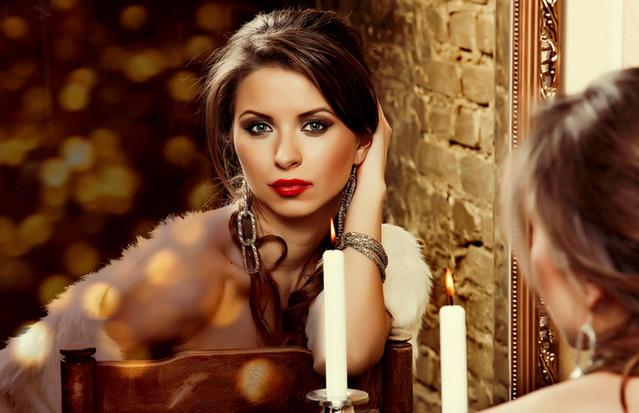 Ритуал для привлечения денег со свечами от Наталии Правдиной