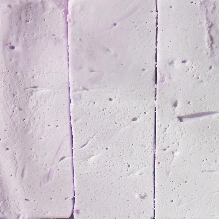 Натуральное мыло взбитое с эфирным маслом лаванды