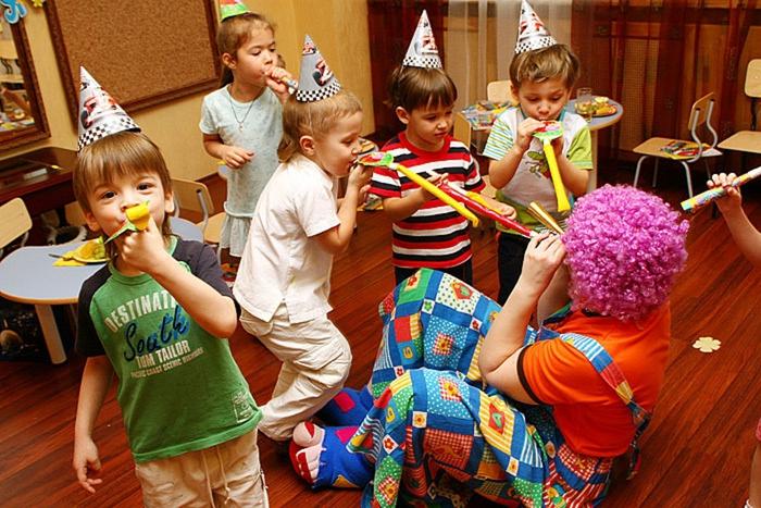 Детские праздники: 10 фокусов, которые порадуют вашего ребенка