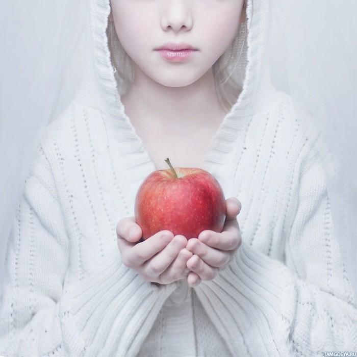 яблоко (700x700, 77Kb)