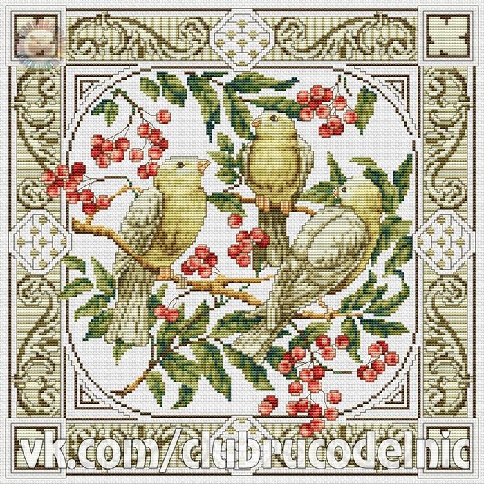 Подушка Три птицы (700x700, 780Kb)