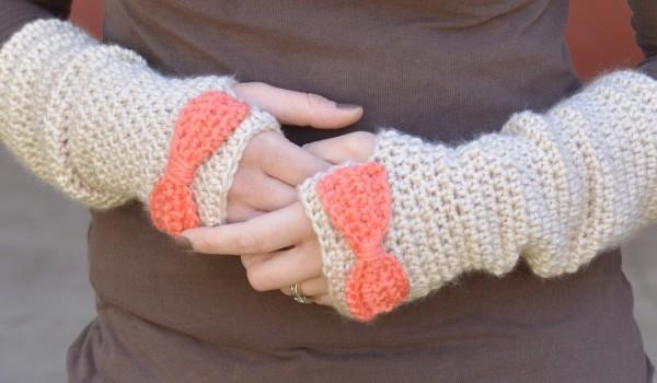Dainty-Bow-Crochet-Arm-Warmers-600x350 (600x350, 49Kb)