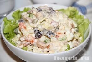 salat-s-kopchenoy-kuricey-i-gribami-gusarskaya-ballada_10 (294x200, 21Kb)