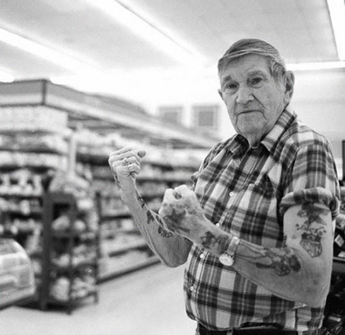 Вечно молодые дедушки и бабушки с татуировками