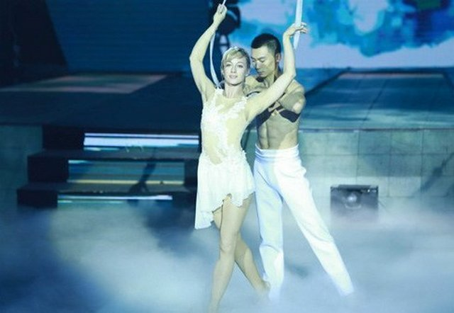 chinese-russian-dance_2 (640x442, 36Kb)