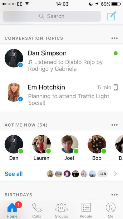 Facebook начал помогать пользователям удачно завязать разговор