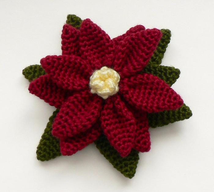 poinsettia_crocheted (700x630, 350Kb)
