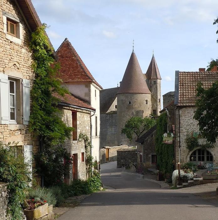 chateauneuf-en-auxois (695x700, 98Kb)