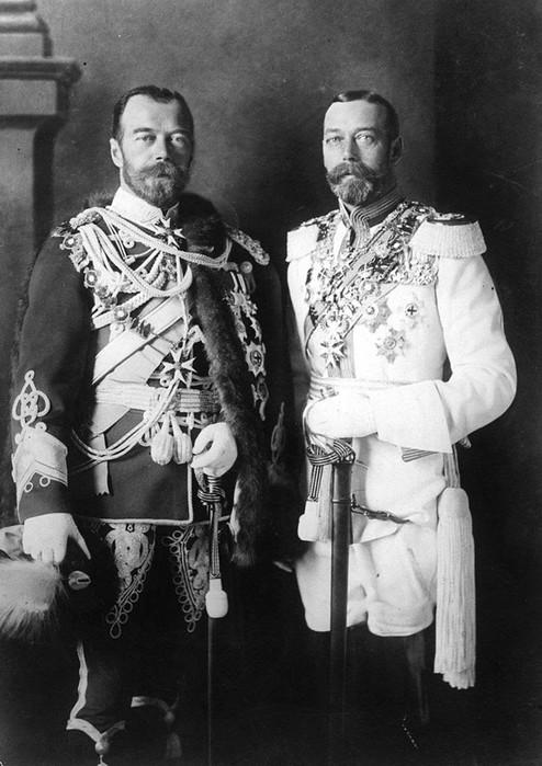 Зачем Николай II сделал татуировку дракона?