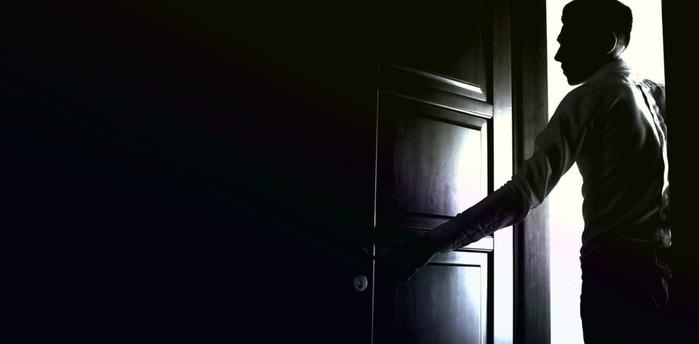 дверь (700x344, 28Kb)