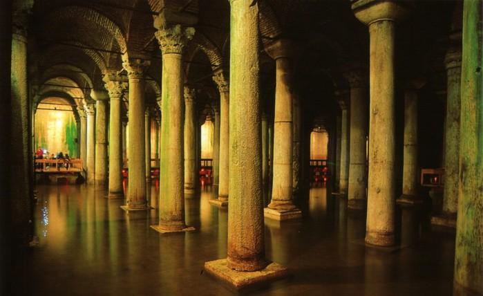 2-yerebatan-sarnici-basilica-cistern-bazilika (700x428, 75Kb)