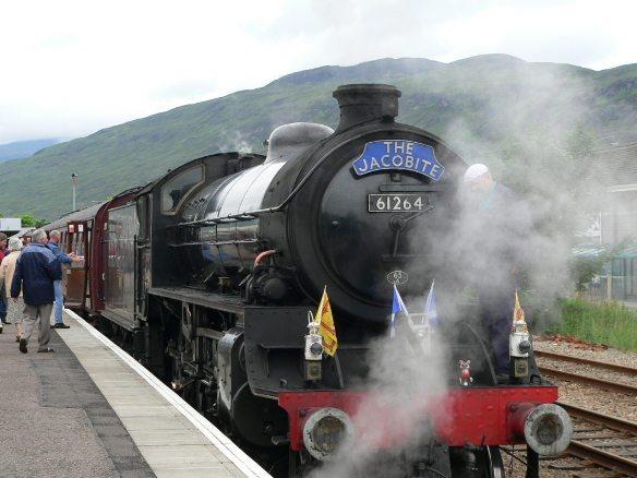 Путешествия по железной дороге. Поезд «Якобит» в Шотландии