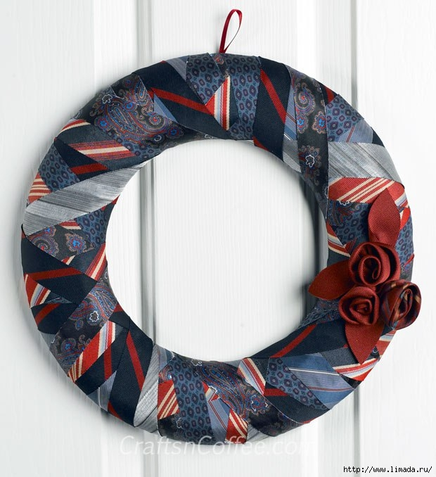 repurposed-tie-wreath-in-blue (620x678, 208Kb)