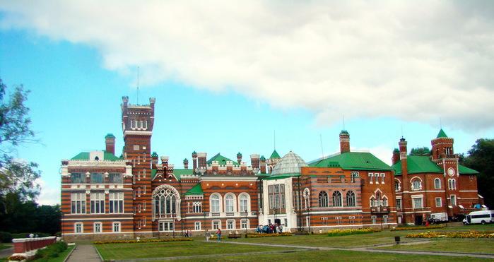 Юринский Замок Шереметевых (700x371, 95Kb)