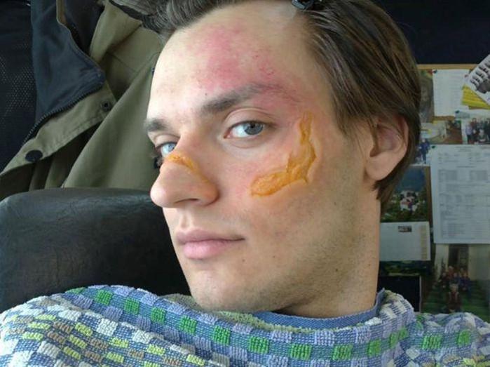 Фото, как гримируют актеров, чтобы сделать ранение в кино