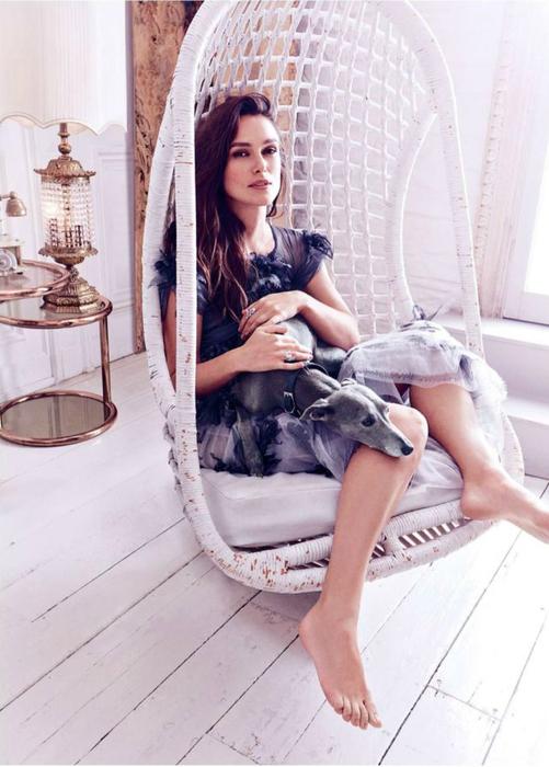 Keira-Knightley-Harpers-Bazaar-UK-December-2016-Chanel-blue-semi-sheer-dress-e1478493120266 (501x700, 315Kb)