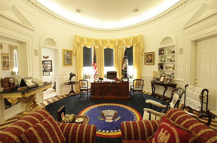 Replica-Oval-Office-In-Longview-Texas-MAIN (700x462, 68Kb)