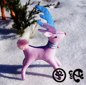 Рождественский РОЗОВЫЙ ОЛЕНЬ из фетра (6) (300x297, 102Kb)