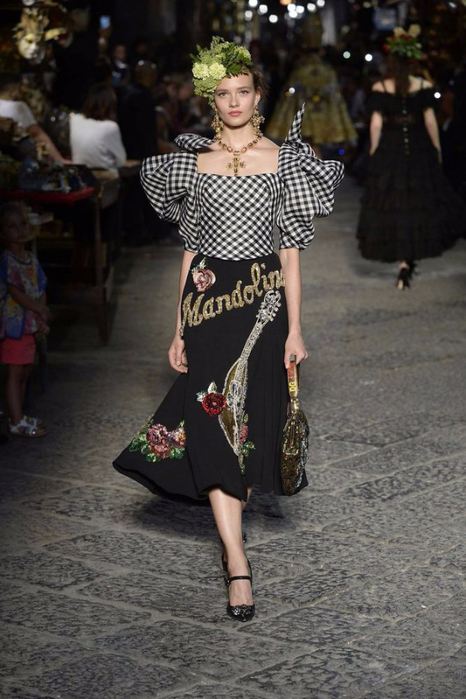 новая коллекция от кутюр Dolce & Gabbana 3 (466x700, 311Kb)