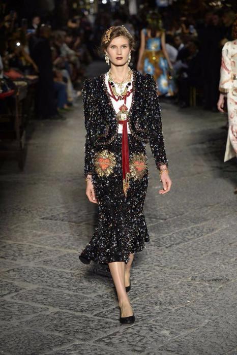 новая коллекция от кутюр Dolce & Gabbana 8 (466x700, 328Kb)