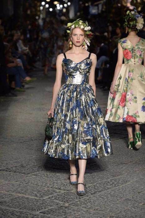 новая коллекция от кутюр Dolce & Gabbana 11 (466x700, 348Kb)