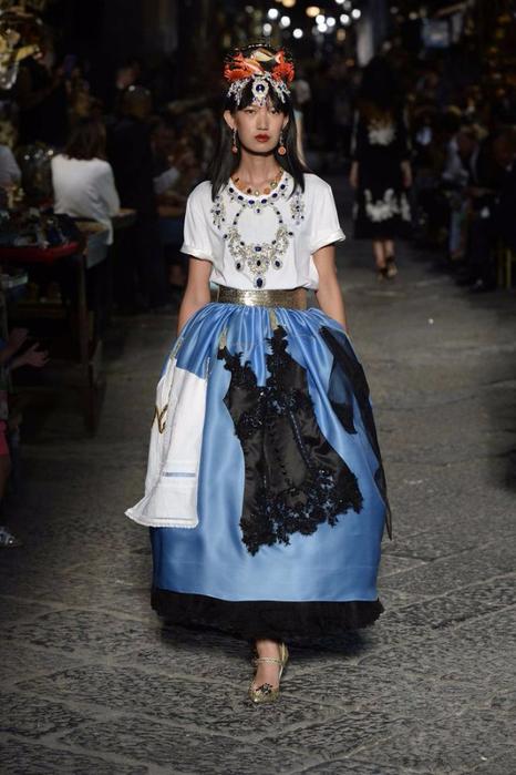 новая коллекция от кутюр Dolce & Gabbana 12 (466x700, 304Kb)