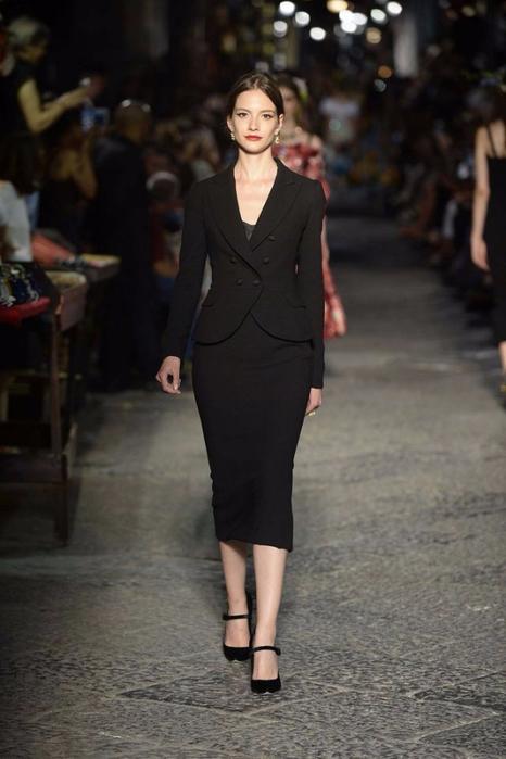 новая коллекция от кутюр Dolce & Gabbana 15 (466x700, 261Kb)