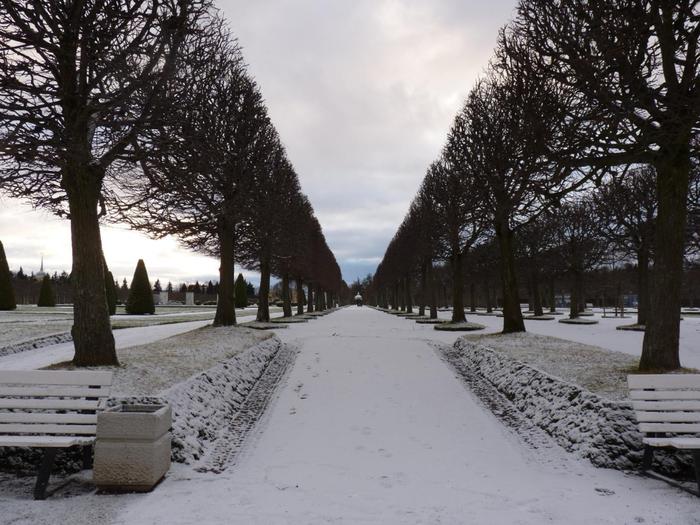 Зимний парк фонтанов2 (700x525, 370Kb)