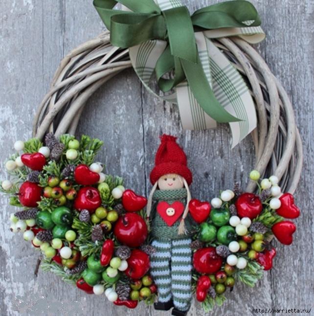Рождественские венки из природных материалов (6) (642x646, 291Kb)