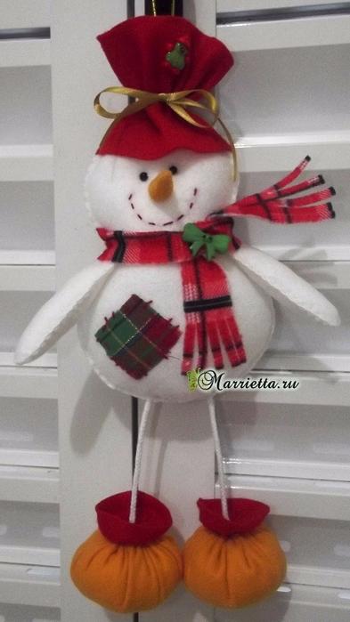 Подвеска для елочки - снеговик из фетра (2) (393x700, 246Kb)