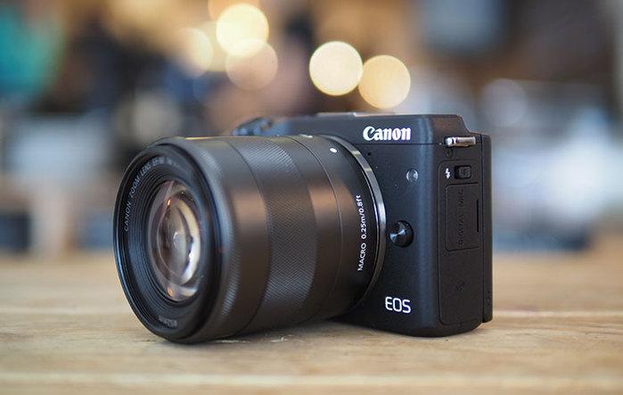 3936605_Canon_EOS_M10 (700x443, 49Kb)