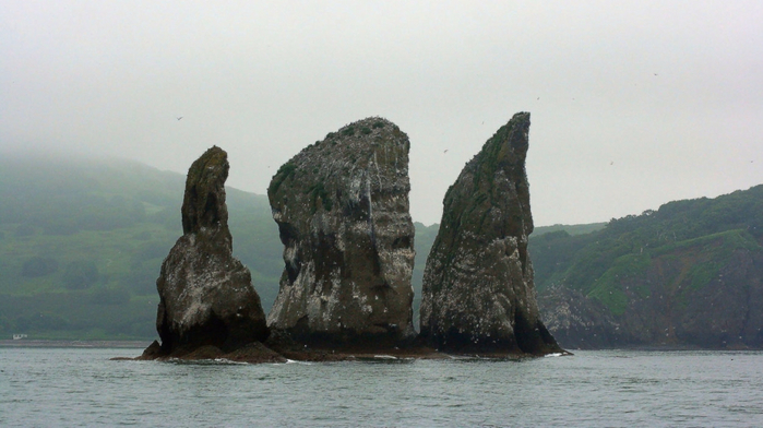 amazing_sea_rocks_25 (700x392, 284Kb)