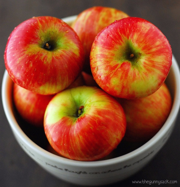 Honeycrisp_Apples (600x623, 422Kb)