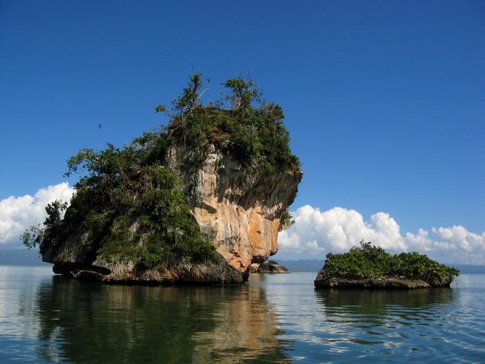 1. Национальный парк. (700x525, 411Kb)