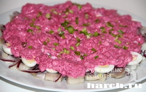 salat-is-seldi-so-svekloy-i-perepelinimi-yaicami-soloha_6 (300x190, 53Kb)
