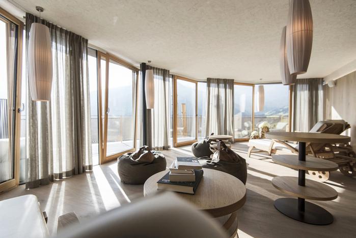 альпийский отель Hubertus 7 (700x467, 316Kb)