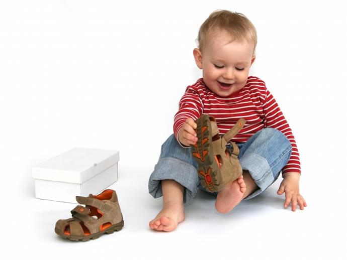 детская обувь (690x518, 205Kb)
