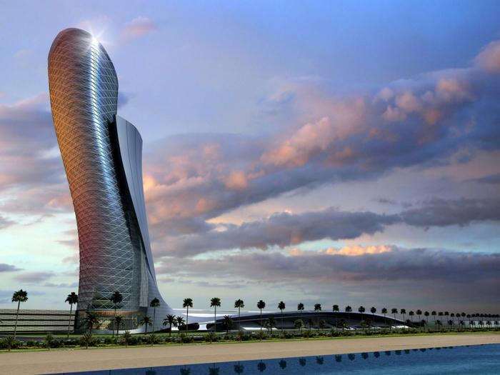 Падающий небоскреб Capital Gate в Абу Даби 2 (700x525, 347Kb)