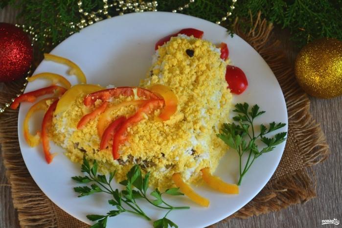 Новогодние рецепты с сыром/5281519_salat_quotognennii_petuhquot330340 (700x466, 262Kb)