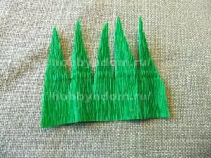 Букеты из конфет. Бутоны роз (8) (300x224, 88Kb)