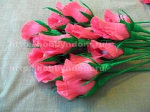 Букеты из конфет. Бутоны роз (16) (300x224, 73Kb)