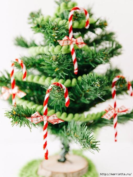 Посох деда Мороза. Украшаем новогоднюю елочку подвесками (1) (508x679, 214Kb)