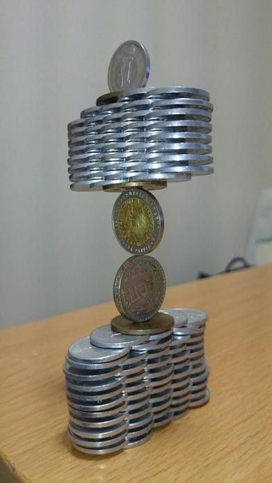 балансирующие монеты 1 (393x700, 204Kb)