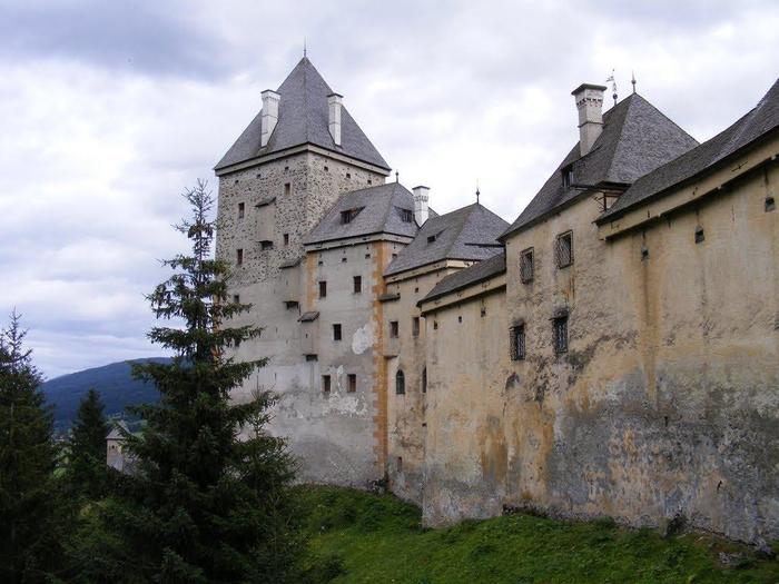 средневековый замок моосхам австрия 2 (700x525, 564Kb)