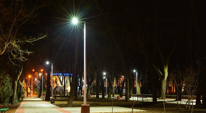 "alt=""Уличные LED фонари Jooby «Cobra»""/2835299_Ylichnie_fonari_Jooby_Cobra2 (700x383, 66Kb)"