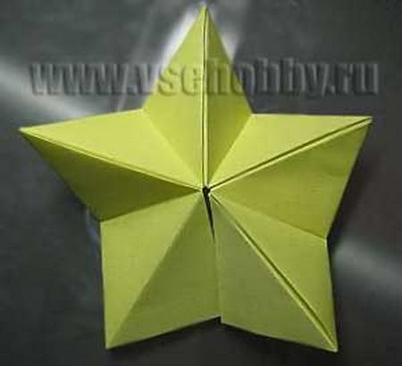 Как сделать звезду из бумаги на верхушку елки