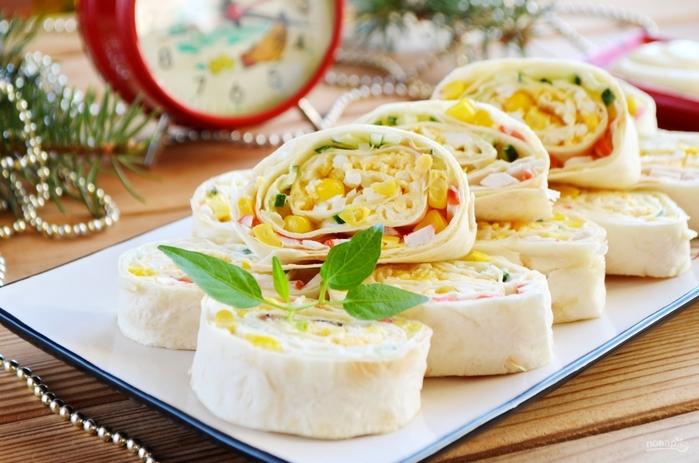 Рецепты с крабовыми палочками на Новый год/5281519_krabovii_salat_v_lavashe343444 (700x463, 237Kb)