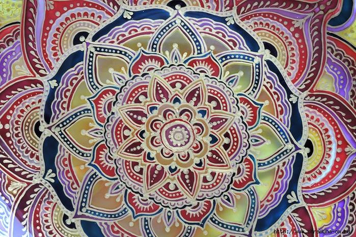 тарелка декоративная от Shraddha(4) (700x466, 451Kb)