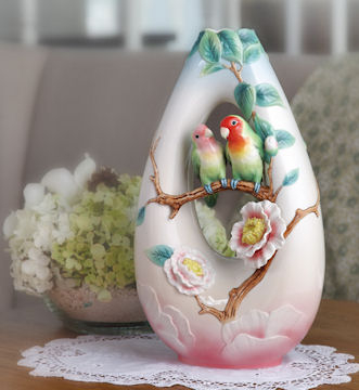 franz-collection-porcelain-tableware-vases-figurines-jewelry-58 (131x160, 73Kb)
